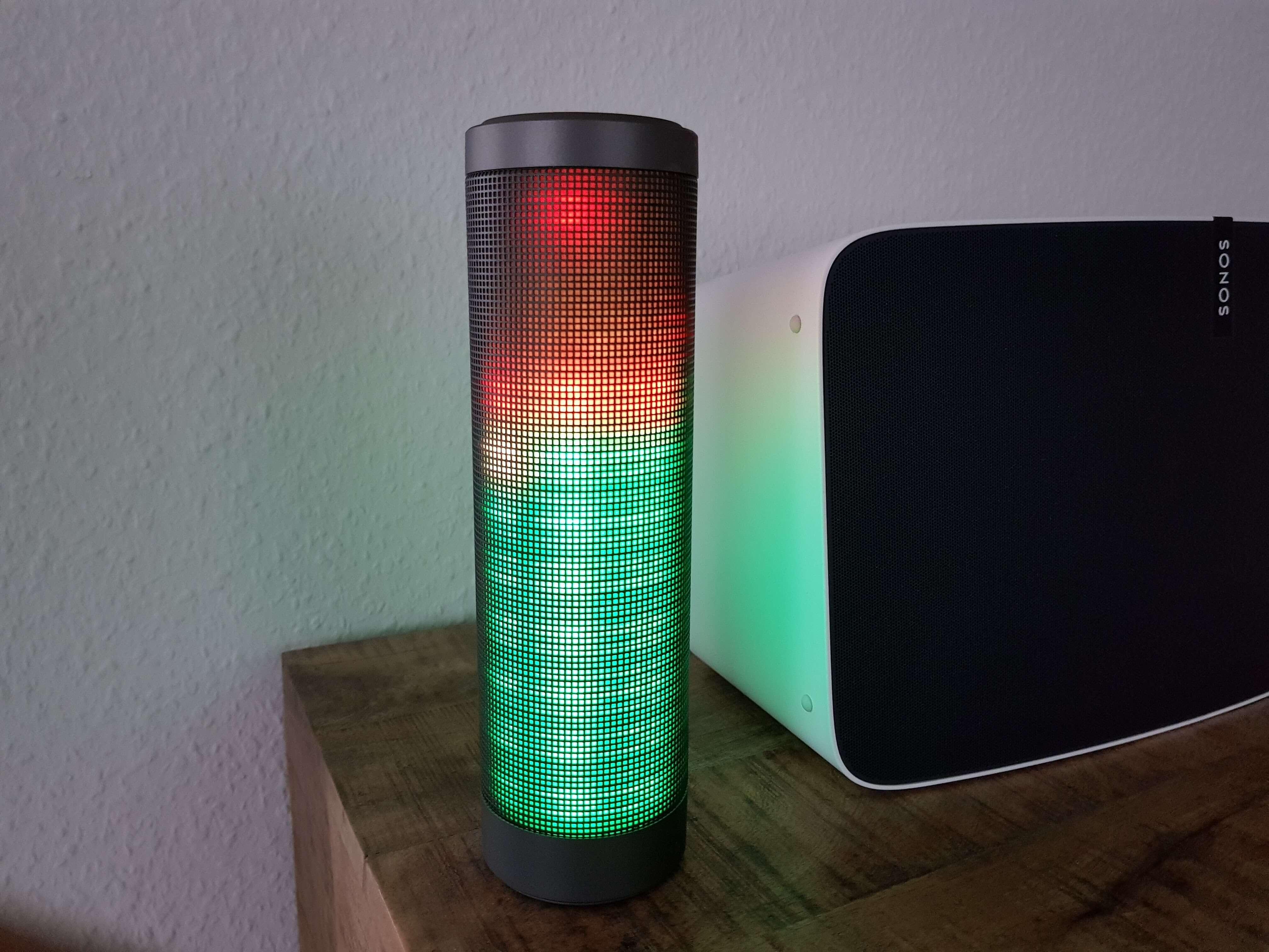 Blinkt viel, klingt gut: Bluetooth Lautsprecher Elegiant HIPHOP im Test 5